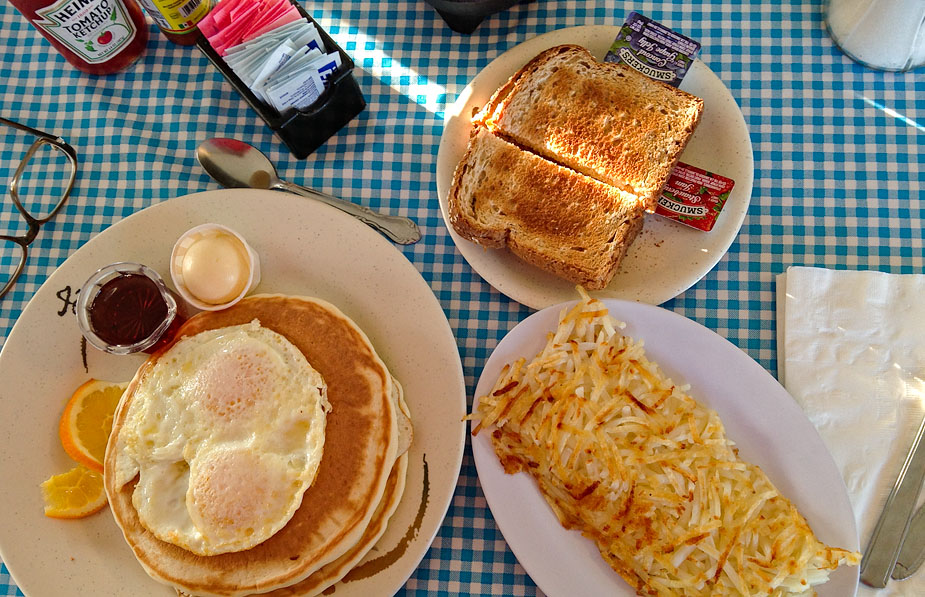 American Breakfast in Beatty, Nevada