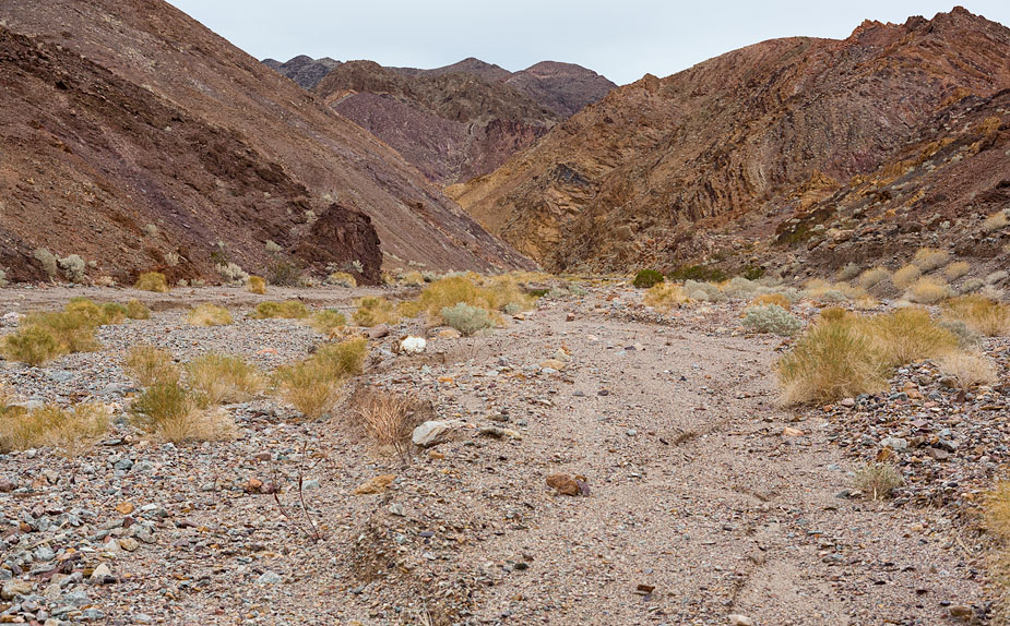 Looking at the mouth of Kaleidoscope Canyon
