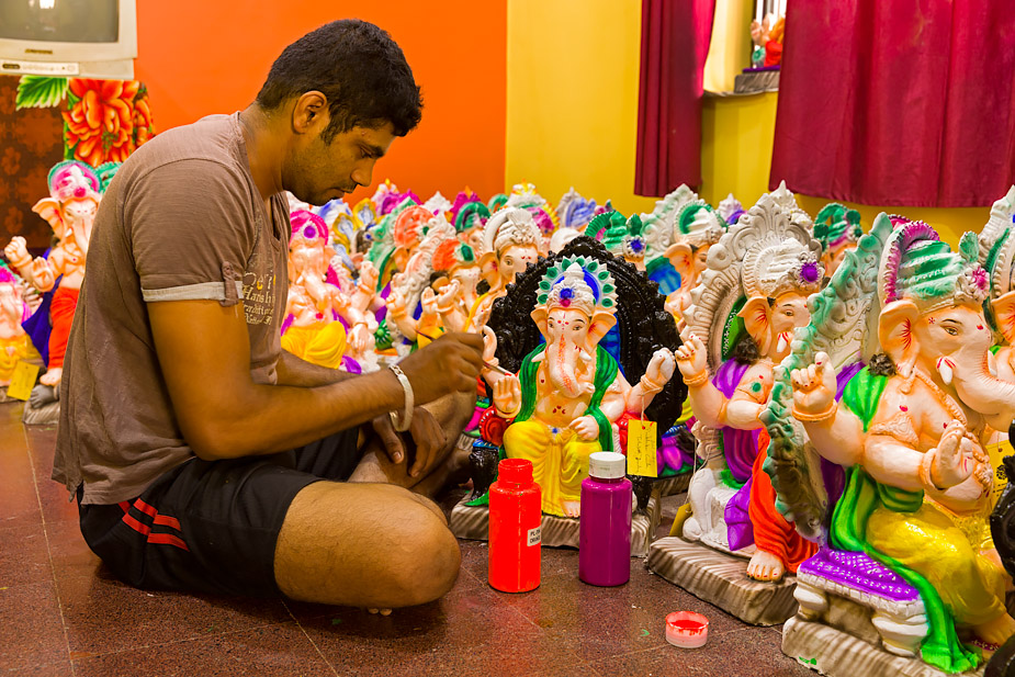 Girish Tilve with his Ganeshas in Nagueshi