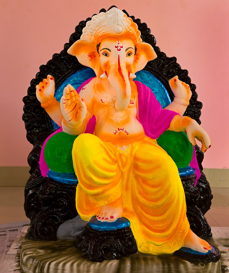 Ganeshas made by Umanath Naik of Nagueshi