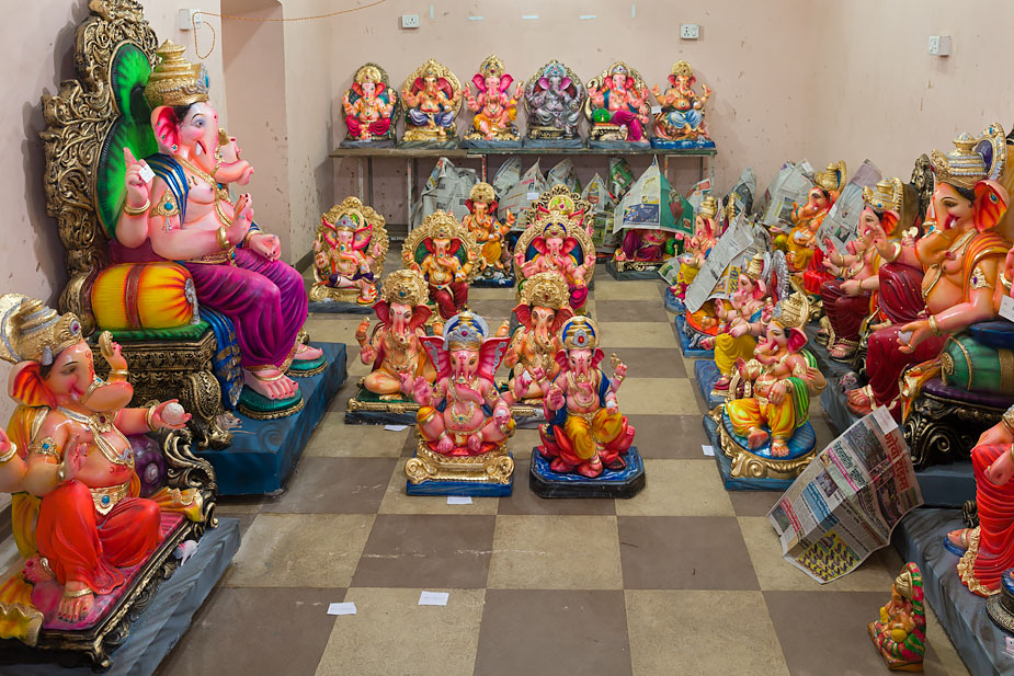 Ganeshas in Ribandar made by Santosh Kaskar