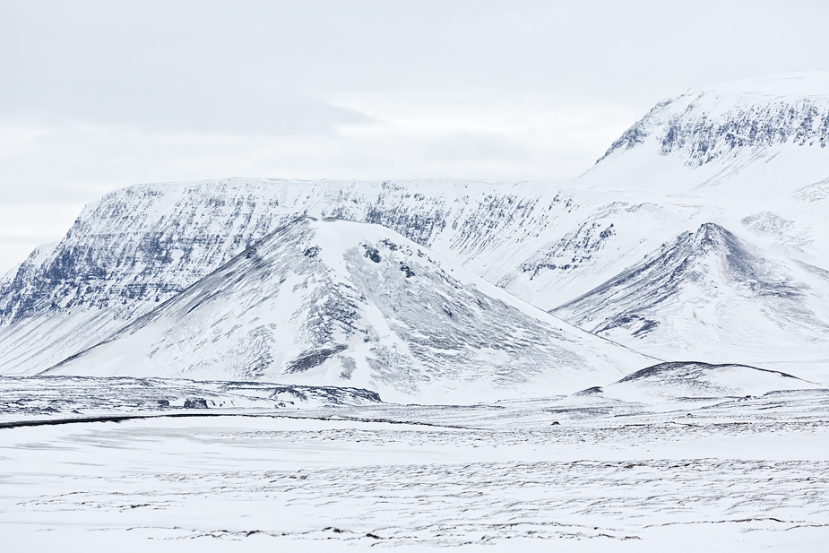 Mountains near Þeistareykir, north Iceland