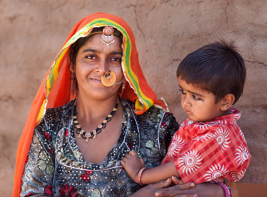 Woman of the Meghwal caste at Khetolai, Rajasthan