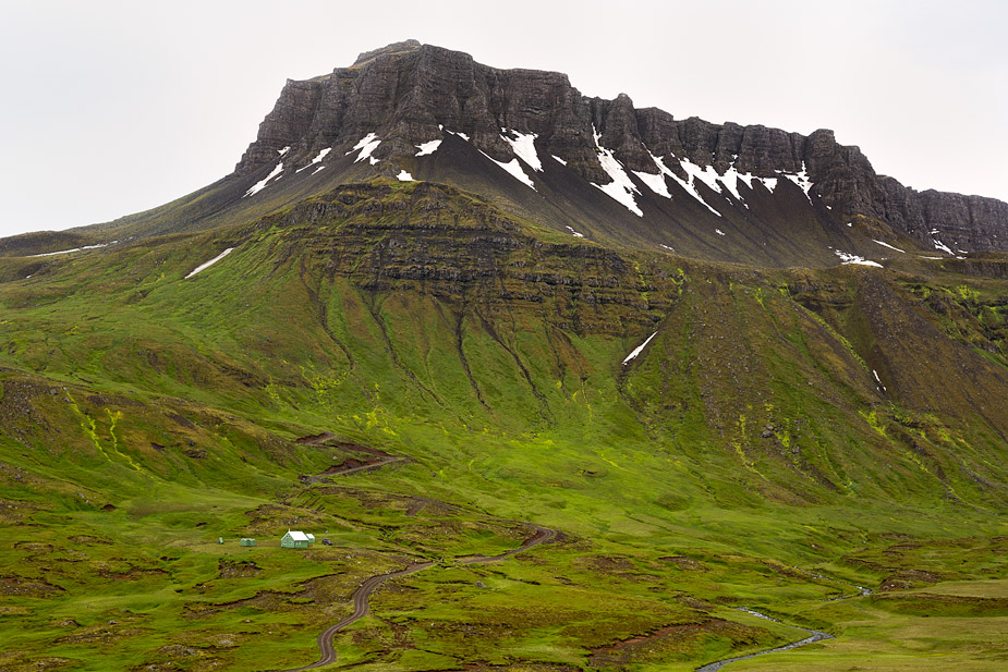 "Skælingur (832 m), aka ""The Chinese Temple"""