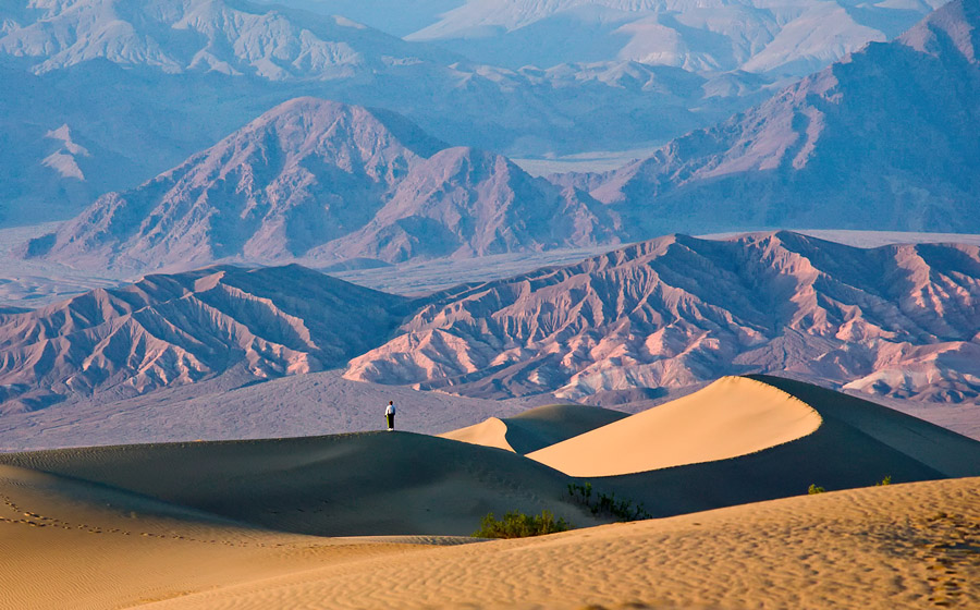 At the Stovepipe Wells sand dunes in Death Valley<br>Photo by: Sanjeev Trivedi