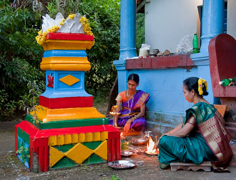 Pooja in progress in Chorão<br>5D Mark II, 24-105L