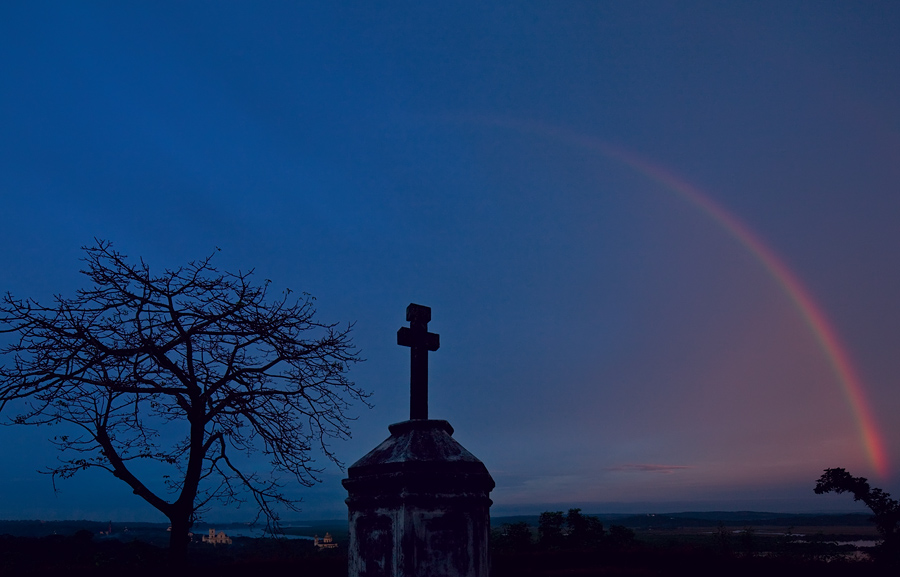Sunrise rainbow from Mount Mary Chapel in Old Goa<br>5D Mark II, TS-E 17L