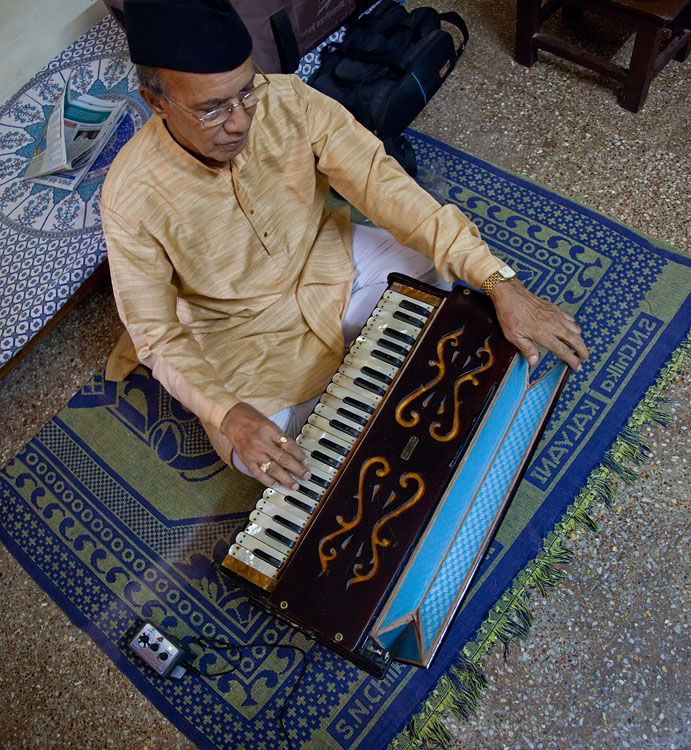 Tulsidas Borkar, at his home in Mumbai<br>Canon 5D Mark II, 24-105L