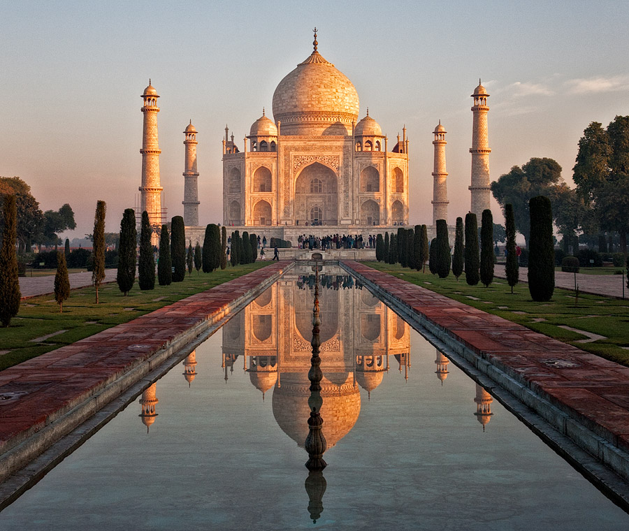 Sunrise at the Taj Mahal » Photo Blog by Rajan Parrikar