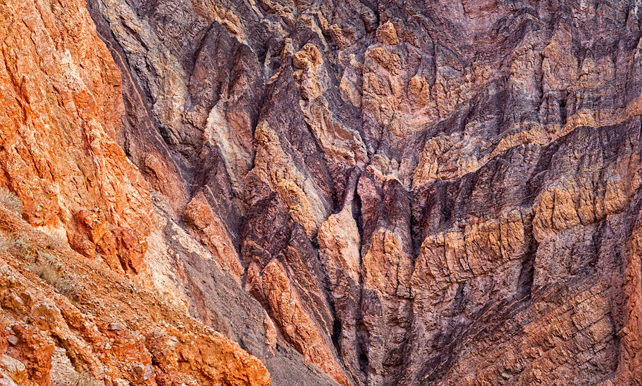Stained bowels of the canyon